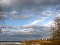 Небо, река, облака...